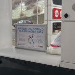 Dvostrani stoni aluminijumski ramovi za postere, slika sa Lukoil pumpe