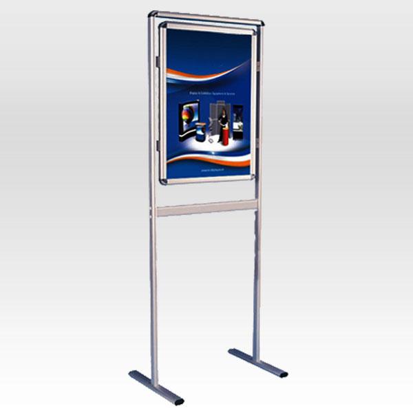 Stajaca poster tabla zatvoreni okvir