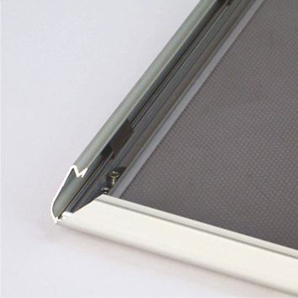 Aluminijumski klik klak poster ramovi profil 18mm, sistem otvaranja