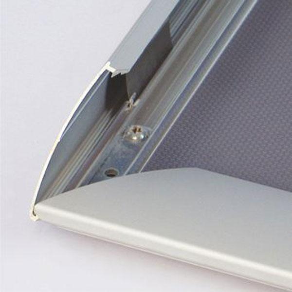 Aluminijumski klik klak ramovi za postere, profil 44mm, sistem otvaranja