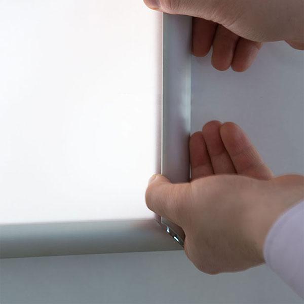 Ultra tanki sveteleci LED klik poster ramovi